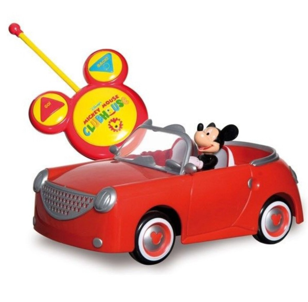 image75 1024x1004 Mickey Mouse and Spongebob Caught on Video in a Bizarre Road Rage