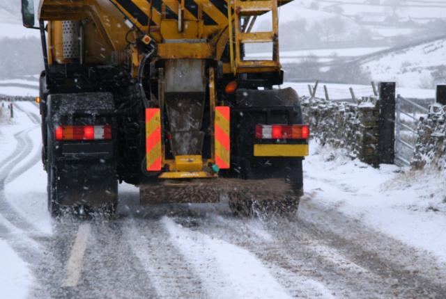 95854744 Why is Salt used on Icy Roads? (Chemistry Explained)